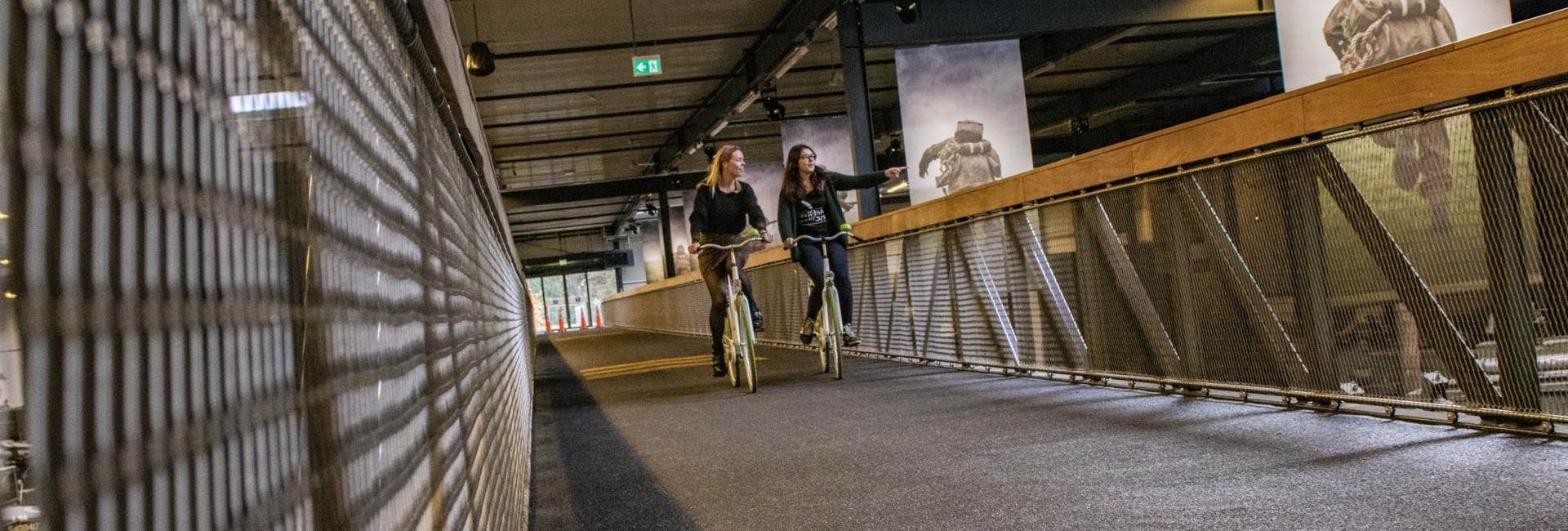oorlogsmuseum - Bicycle Bridge